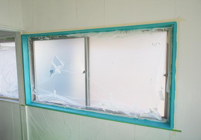窓のふち ペンキ